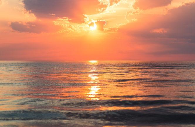 sunset top worldwide