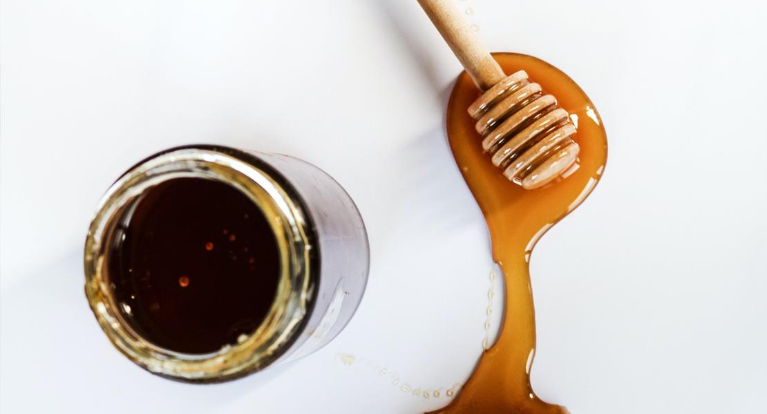 honey acne scars